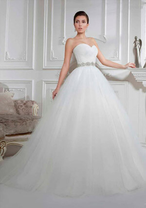 Фото: Пышные свадебные платья высоким и худым