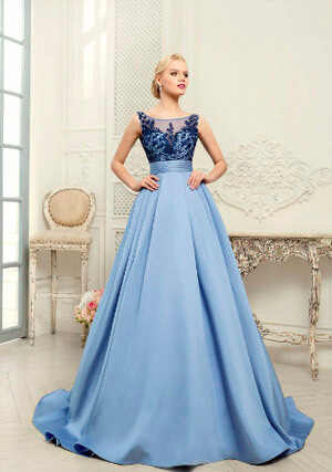 Фото: Пышные свадебные платья: модные цвета - голубой