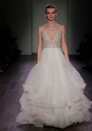 Фото 1: Пышные свадебные платья: фото модных моделей 2016