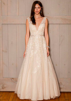 Фото 12: Пышные свадебные платья: фото модных моделей 2016