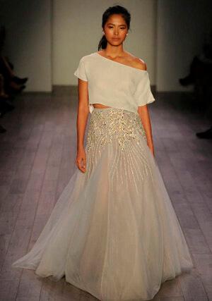 Фото: Пышные свадебные платья: модные цвета - шампань