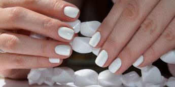 Белый дизайн ногтей 2016