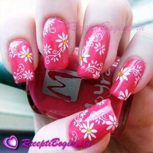 Фото: Красный дизайн ногтей к 8 марта