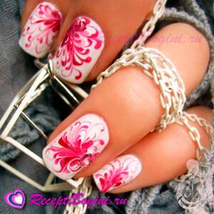 Фото: Дизайн ногтей к 8 марта с цветами - розовый
