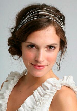 Фото: Греческое свадебное платье: выбор прически