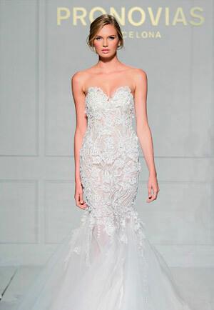 Фото: Свадебное платье русалка делает утонченной любую невесту