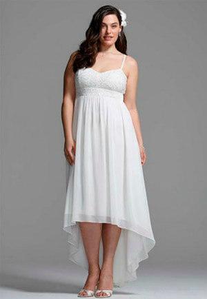 Фото: Свадебное платье для обладательницы фигуры песочные часы