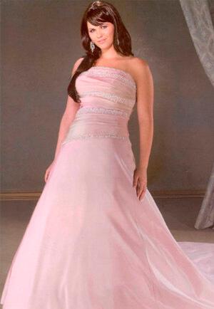 Фото: Свадебное платье для девушек с фигурой Яблоко